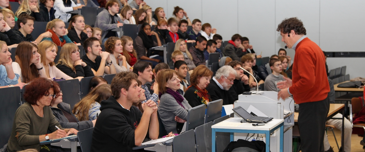 Course offer at the Institute of Geography
